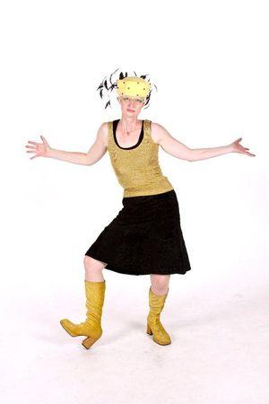 Jen yellow